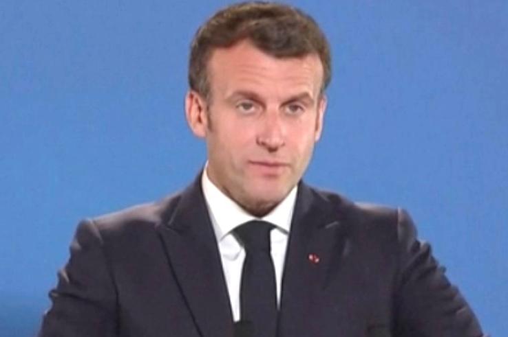Švýcarsko odmítlo letadla z Francie: Macron zrušil návštěvu Švýcarska